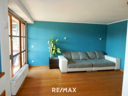 Gut geschnittene 3.Zi.-Wohnung mit Balkon und TG Abstellplatz