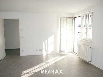 Große 4.Zi.-Wohnung mit Balkon im Zentrum von Seekirchen