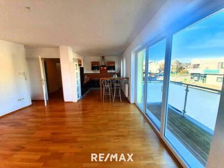 Tolle 3.Zi.-Wohnung mit Balkon u. PKW Abstellplatz