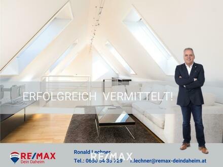 Extravagante Dachgeschosswohnung in Citylage!