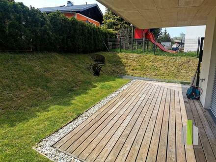 Moderne 4 Zi-Gartenwohnung mit 2 PKW-Stellplätze