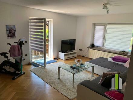 Sonnige 4 Zimmer Wohnung mit Balkon und Garage