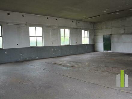 Büro/Wohnen und LKW-Garagen