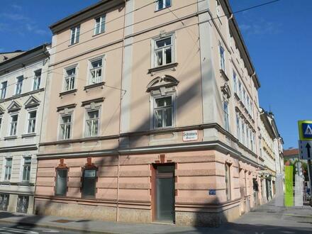 Wolf-Dietrich Str.: Günstiges Geschäft/Büro
