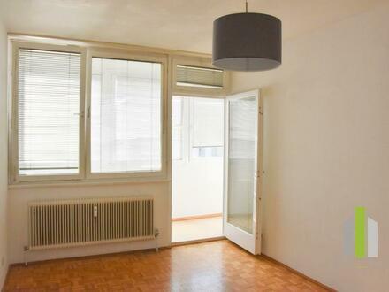 2 Zimmer Wohnung mit Loggia am Salzachufer | WG-geeignet