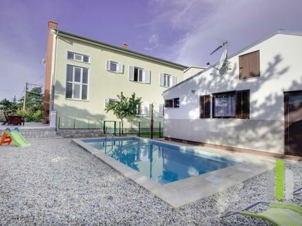 Villa - Apartmenthaus