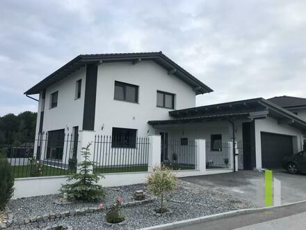 Schönes neuwertiges Einfamilienhaus