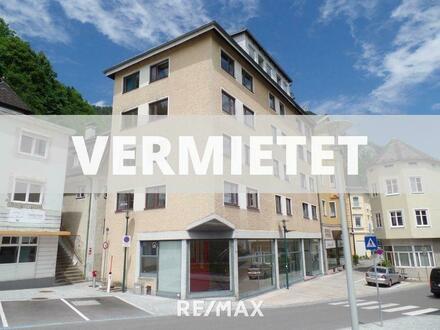 4 Zimmer Wohnung zu attraktivem Mietpreis mit Parkplatz!