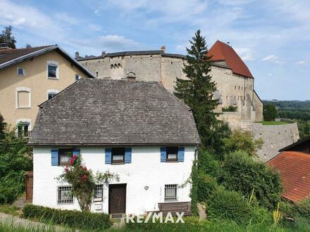 Gemütliches, historisches Mehrfamilienhaus gegenüber der Burg Tittmoning