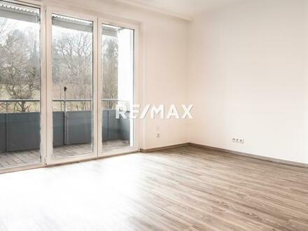 Zentral gelegene 3-Zimmer Wohnung mit Loggia ins Grüne