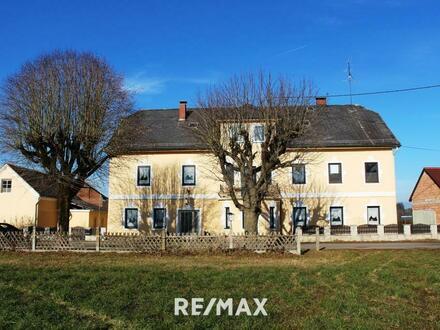 Sehr geräumiges Ein- Zwei- oder Mehrfamilienhaus in Gilgenberg
