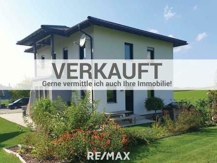 OPEN HOUSE am Fr, 16.10. ab 14 Uhr - Hochwertiges Einfamilienhaus in ruhiger Naturlage