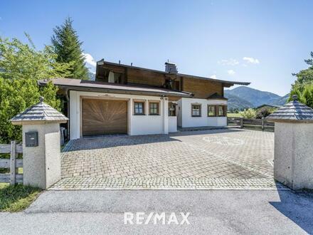 Stilvolles Haus mit Bergblick und separaten Baugrundstück