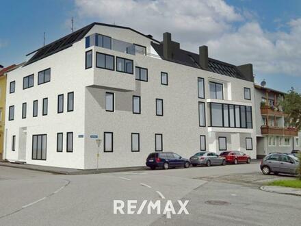 Logenplatz! Exklusive 3-Zimmer DG-Wohnung mit sonniger Terrasse (Top 12, DG)