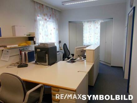 Sonnige, helle Bürofläche mit Terrassenzugang
