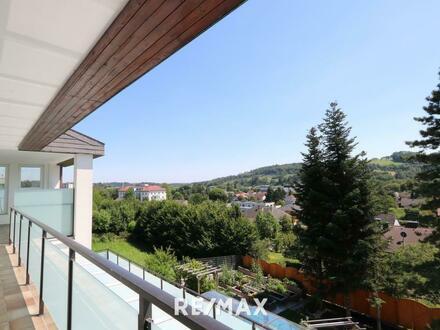 Luxuriöses Wohnjuwel mit wunderschönem Ausblick!