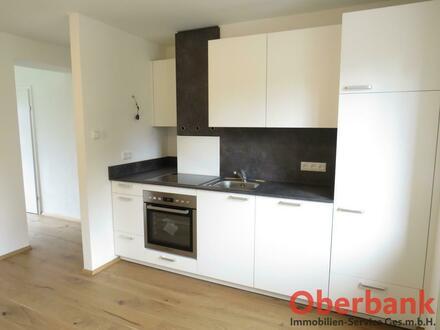 Neu renovierte Wohnung mit guter Verkehrsanbindung und Zentrumsnähe im Hafengebiet/Donaulände inkl. Gemeinschaftsgarten