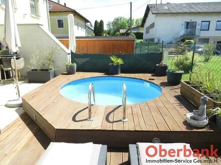 Reihenhaus inkl. Pool und 2 PKW Abstellplätzen in beliebter Siedlungslage