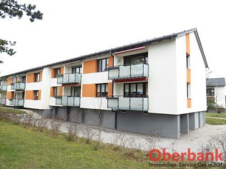 Großzügige Wohnung inkl. Balkon und Garagenparkplatz