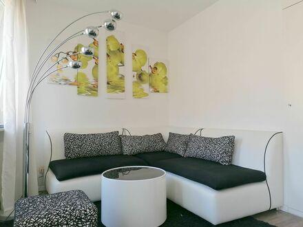 Moderne, zentrale Wohnung mit 2 Schlafzimmern | Modern, central flat with 2 bedrooms