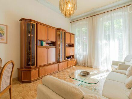 Moderne, helle und ruhige Wohnung mit Balkon in Moabit | Modern, bright and quiet apartment with balcony in Moabit