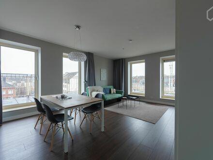 Neu-renoviertes und stilvolles Apartment im Zentrum von Aachen mit Blick auf das Theater | Newly-refurbished and stylish…