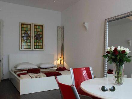 Helle & stilvolle Wohnung auf Zeit in Düsseldorf | Nice & charming suite in Düsseldorf