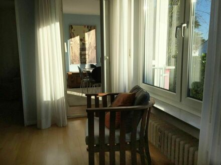 Helle freundliche 2,5-Zimmer Wohnung in Bad Godesberg | Bright friendly 2,5 room apartment in Bad Godesberg