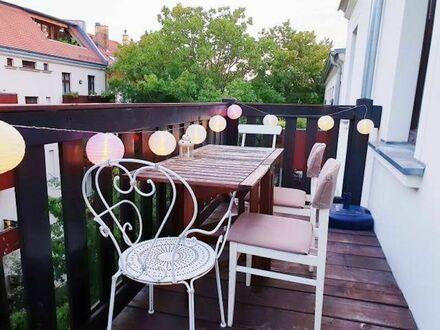 Schöne ruhige Wohnung mit großem Südbalkon im Herzen der Südvorstadt | Beautiful quiet apartment with large south-facing…