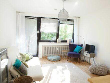 Lichtdurchflutetes möbliertes Apartment in Düsseltal | sunny furnished apartment in Düsseltal
