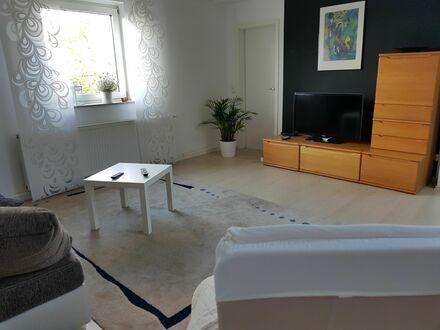 Große und helle Wohnung im ruhigen, grünen Regensburg | Neat, quiet flat in Regensburg