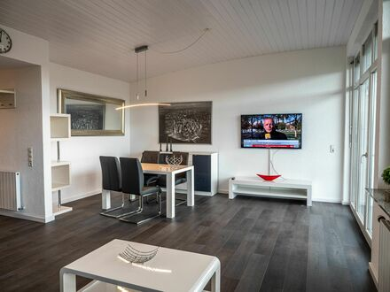 Zentrale und stilvolle Penthousewohnung - super Aussicht! | Very central Penthouse modern style - awesome Panorama!