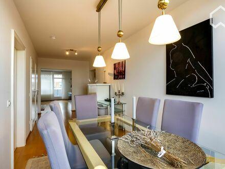 Helle, hochwertige Wohnung in Kaiserswerth   Quiet and charming home in Düsseldorf