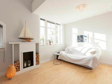 Helle Dachgeschoss-Maisonette in München | Fashionable & gorgeous apartment in München