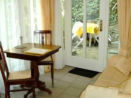 Häusliches Wohnung in Köln Lindenthal Nähe Universitätsklinik | Very Nice apartment in Cologne Lindenthal near university…