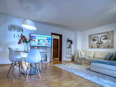 Häusliches & gemütliches Apartment mit 3Schlafzimmern   Neat & charming apartment with 3 bedrooms