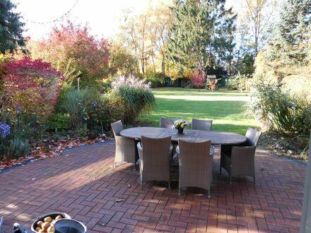 Großes Haus mit großem Garten in ruhiger Lage und guter Anbindung - 31min zum HBF | Lovely house with big garden in suburban…