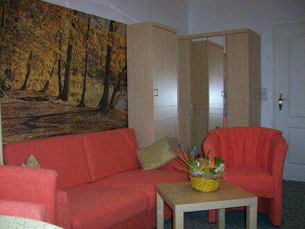 Große 144 m2 Wohnung im südlichen Berliner Randgebiet - 5 Zimmer | Huge 144 sqm Apartment in the southern outskirts of Berlin…