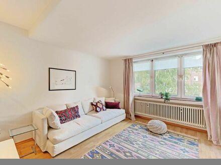 Neue und stilvolle Wohnung auf Zeit im Herzen der Stadt (Düsseldorf) | Lovely, fully furnished flat giving you a big smile
