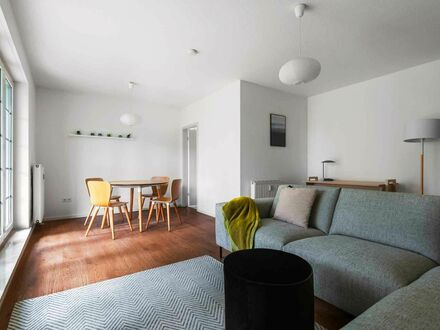 Sehr schöne 2 ZKBT voll möbliert Wiesbaden/ Oberer Neroberg, SW-Lage | Wonderful apartment in Wiesbaden