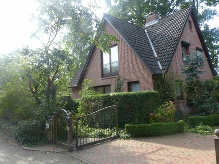 Familienhaus in Blankenese (Elbvororte) | Bright home for family, located in Altona/ Blankenese (near River Elbe)