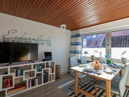 Oberdeck: Gemütliche Wohnung in ruhiger Lage und trotzdem mitten im Zentrum Eckernfördes   Upper Deck: Cozy, comfortabl…