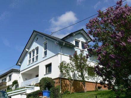 Stilvolles Schwedenhaus mit traumhafter Lage im Grünen in Butzbach, Stadtteil Wiesental | Stylish Schwedísh Home with beautiful…