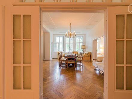 Traumhafte Wohnung in einer Villa mit Terrasse im Ortsteil Nikolassee/Zehlendorf | Fantastic apartment in a villa with terrace…