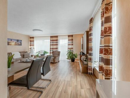 """Exklusive, möbilierte 2-Zi.-Wohnung mit Terrasse und EBK mit """"löffelfertiger"""" Ausstattung in Gifhorn   Awesome & nice flat…"""