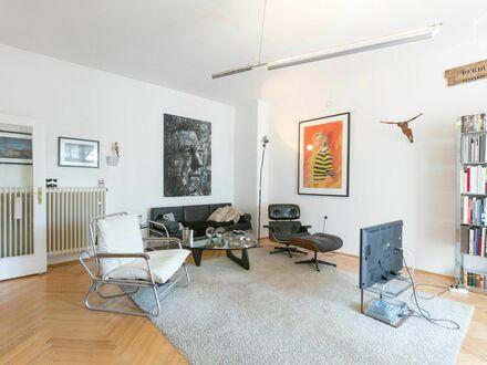 Helle großzügige Künstlerwohnung in München - Neuhausen/Nymphenburg | Bright spacious artist apartment in Munich - Neuhausen/Nymphenburg