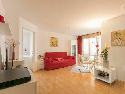 Gemütliches & stillvolles Apartment mit Balkon im Herzen von München | Cozy, fantastic apartment in München