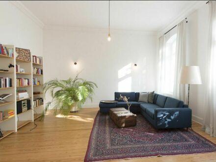 Stilvolle und großzügige Altbauwohnung im Herzen von Eimsbüttel | Stylish and spacious apartment in the heart of Eimsbüttel