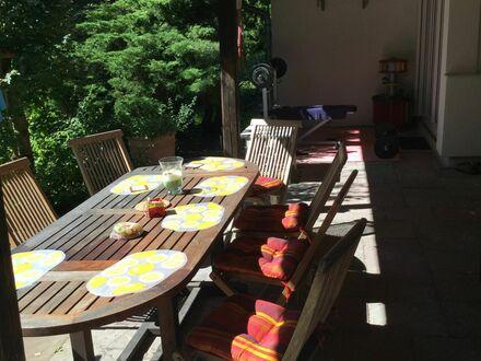 Familienfreundliche Wohnung mit grossen Garten | Flat with a huge garden