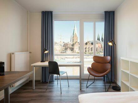 Wunderschönes Apartment am Weserufer mit Panoramablick auf die historische Altstadt, direkt im Zentrum | Beautiful apartment…